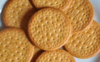Можно ли кушать печенье Мария при грудном вскармливании, и когда можно начинать?