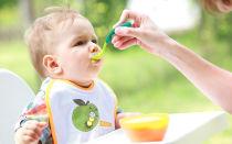 Питание ребенка в 7 месяцев: меню при грудном и искусственном вскармливании