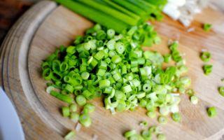 Разрешен ли зеленый лук при ГВ?