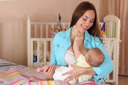 Правильное прикладывание новорожденного ребенка при грудном вскармливании