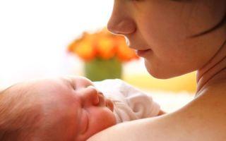 Что можно кушать кормящей маме в первое время после родов?