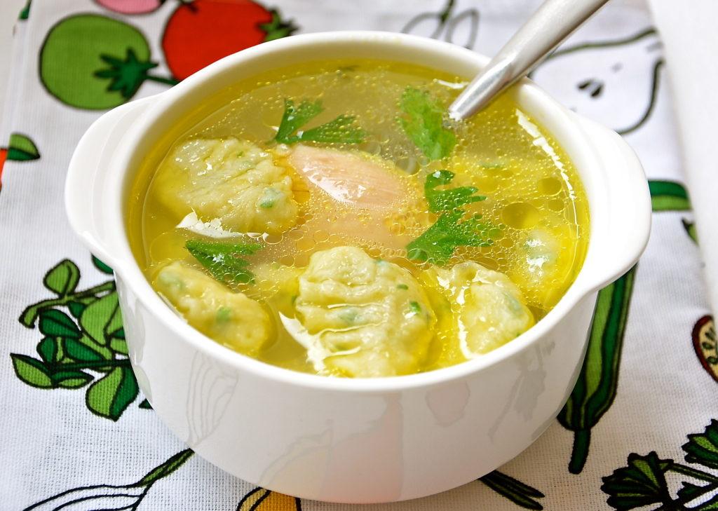 Суп с клецками из филе индейки