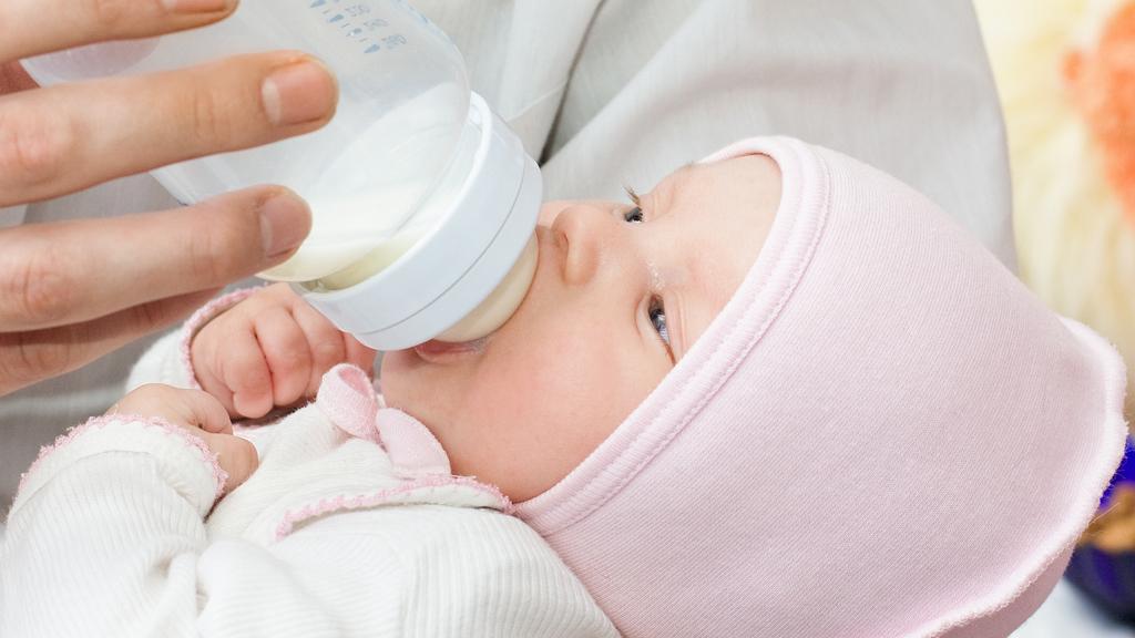 переедание у новорожденных